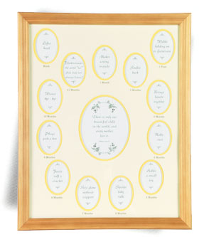 OAK FRAME WITH YELLOW BABY'S FIRST YEAR PHOTO MAT